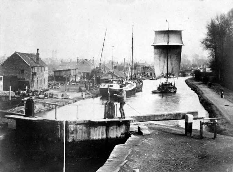 Thorne Lock c1900